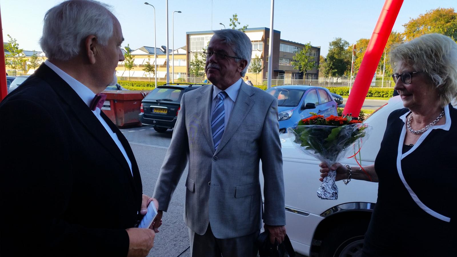 Photo of Rijdende rechter opent Kunst doet Goed in Zwolle