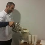 Het Turks teehuis Arda schenkt echte Turkse thee. Het teehuis zit aan de Beethovenlaan in Zwolle