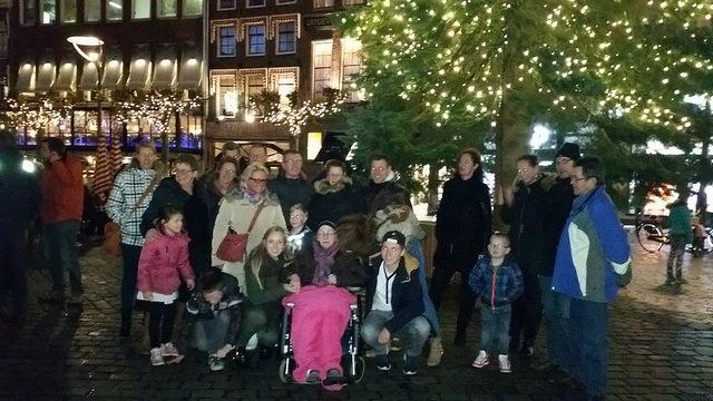 Familie Schuit voor de Zwolse Kerstboom