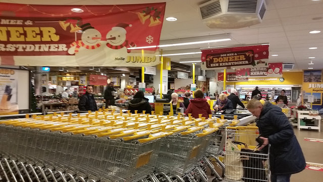 Photo of Twee uur langer boodschappen doen tijdens kerst en oudjaarsdag