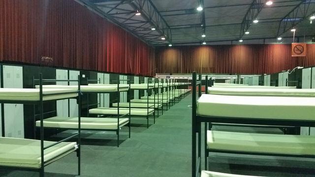 Photo of Wederom 400 Syrische vluchtelingen in IJsselhallen – noodopvang tot eind december