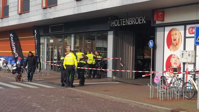 Photo of Vrouw in Holtenbroek is neergestoken door ex-man uit Amsterdam