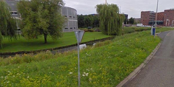Photo of Nieuw asfalt kruising Burg. Van Walsumlaan – Pilotenlaan