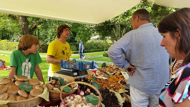Photo of Slow Food Zwolle viert tienjarig bestaan met Streekmarkt de Smaak van Zwolle XL