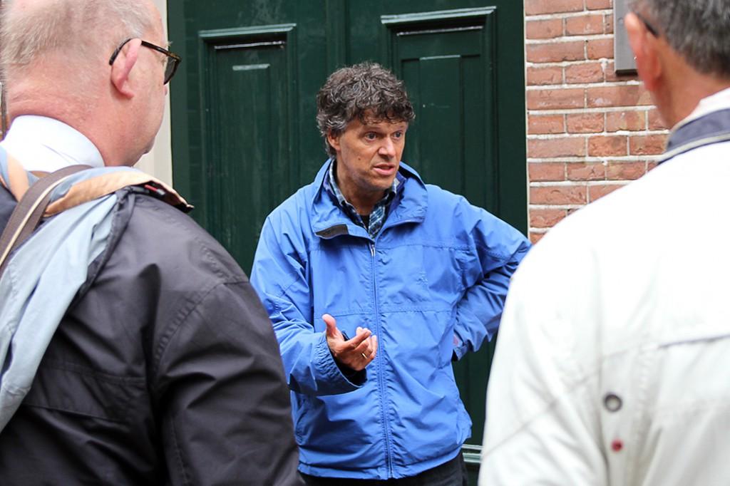 Moderne Devotie Festival 2015 - Rondleiding Zwolle door Mink de Vries - Foto: ©Frank van Hienen - www.frankvanhienen-fotografie.nl