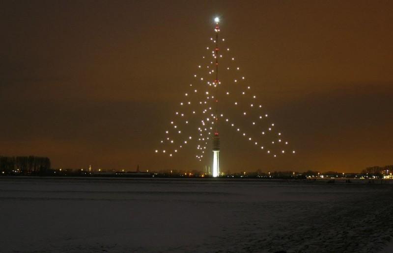 Photo of 'Grootste kerstboom ter wereld' Gerbrandytoren gaat voor de 19e keer aan