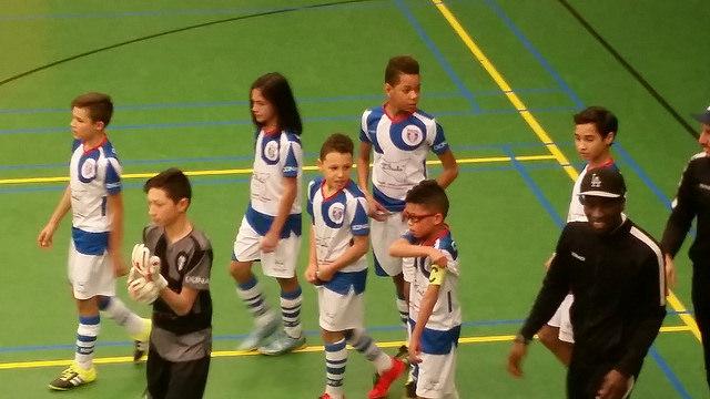 Photo of Spannende wedstrijden en mooie acties bij 3e Zwolse jeugdzaalvoetbaltoernooi WRZV