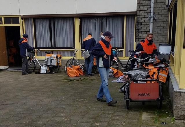 Photo of 2,4 miljoen kerstkaarten vandaag verwerkt bij sorteercentrum Zwolle