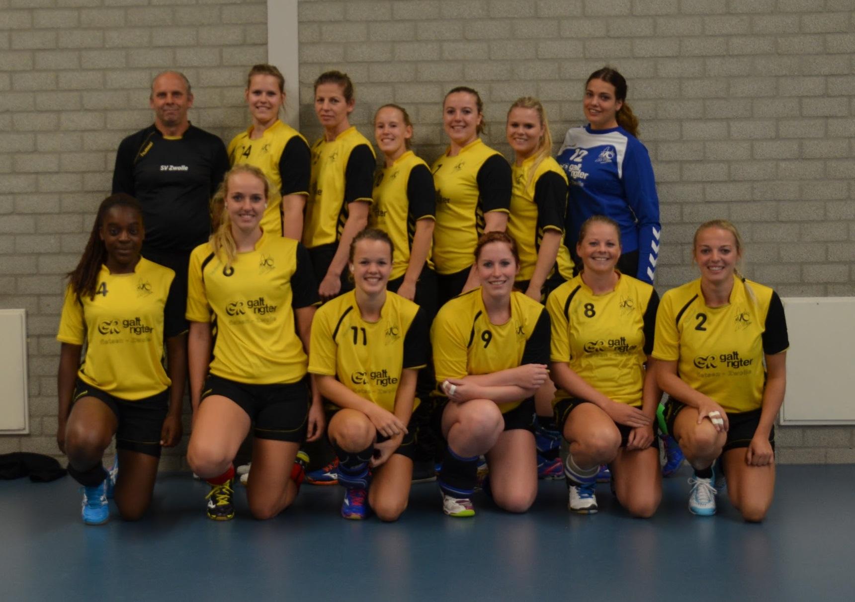 Photo of Handbal – Dames SV Zwolle handbal winnen van Artemis