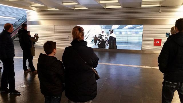 Videowall stationstunnel Zwolle Portal kunstproject
