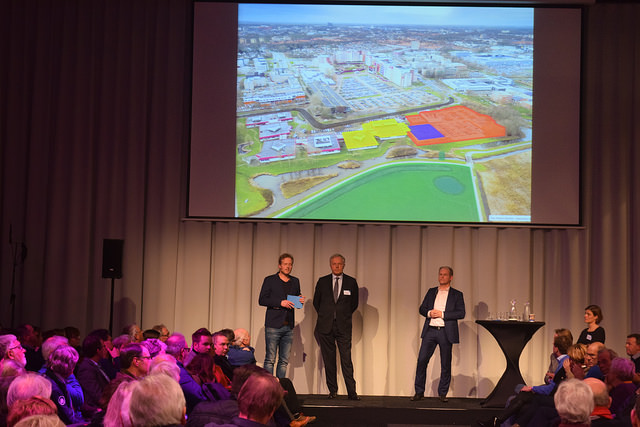 Foto: ©Joey Bisschop - Informatiebijeenkomst AZC Zwolle
