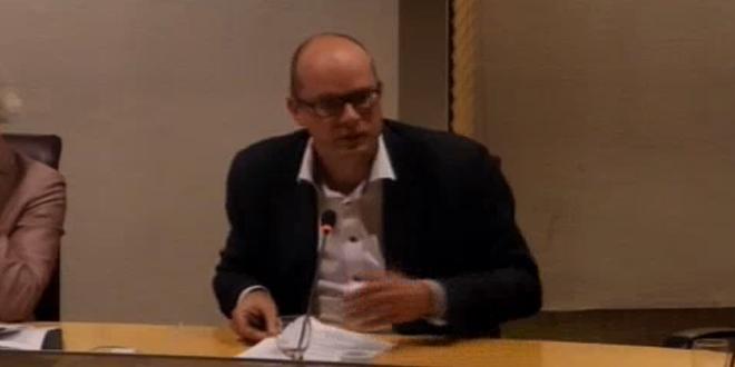 Photo of Onzichtbare lokale omroep Zwolle mag zichzelf evalueren