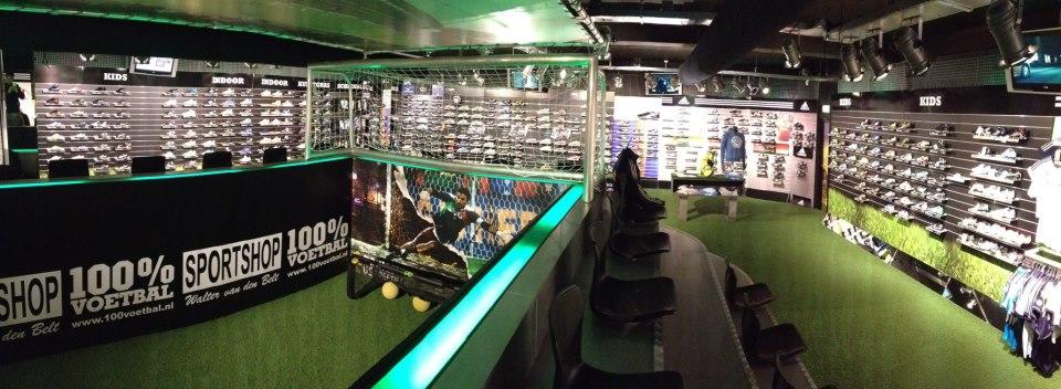 Photo of 100% Voetbal winkel opent aan de Roggenstraat Zwolle