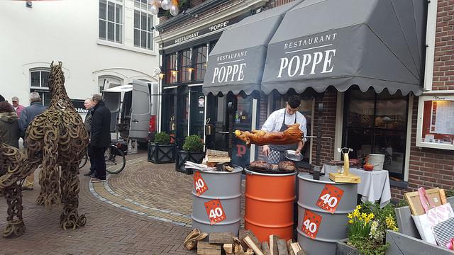 Photo of Restaurant Poppe vierde 40 jarig bestaan in 'historische' stijl