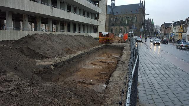 Photo of Archeologisch onderzoek in grond oude Weezenlanden ziekenhuis