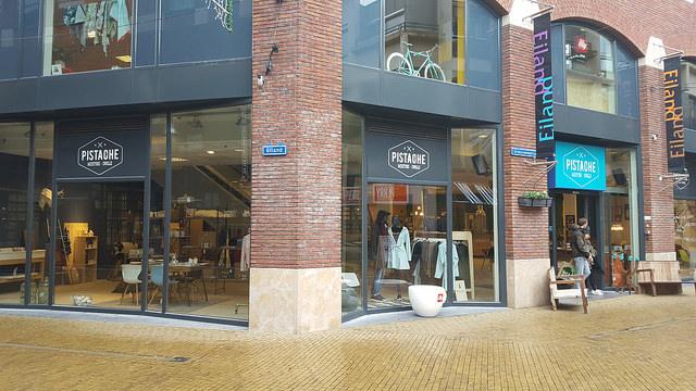 Photo of 25 winkels in Zwolle mogen glaasje bier of wijn gaan schenken