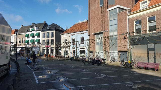 Nieuwe fietsparkeervakken op het Gasthuisplein