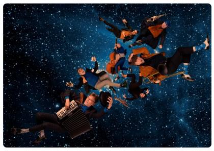Photo of Amsterdam Klezmer Band met nieuw werk naar Hedon