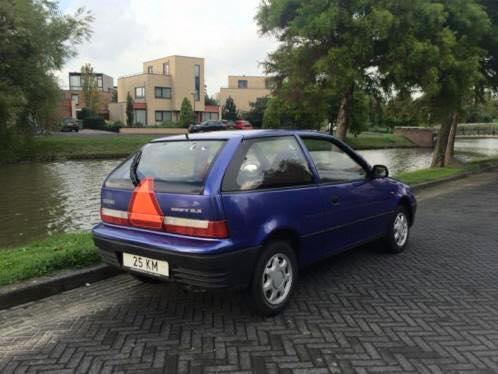 bromauto oortelijk voertuig als op de foto
