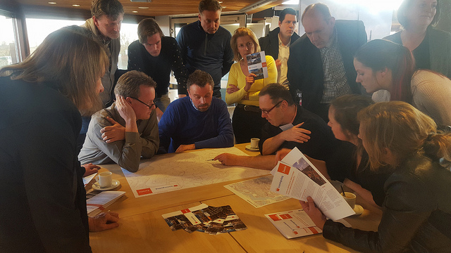 Koningsdag inloopbijeenkomste bewoners en ondernemers langs de route