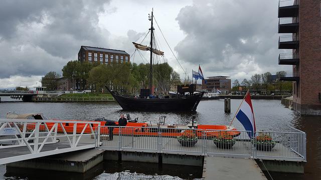 Photo of Kamper Kogge & Koninklijke sloep zijn aangemeerd in Zwolle