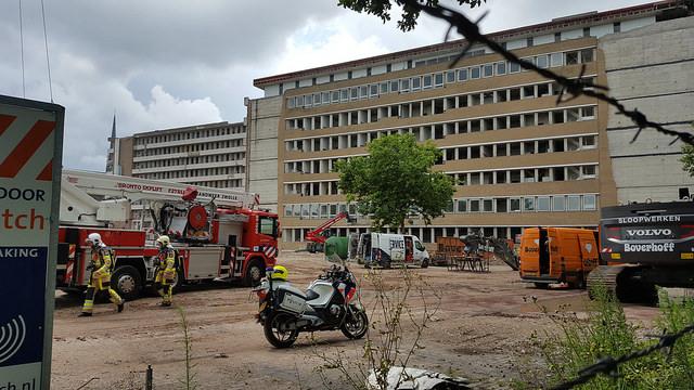Photo of Klein brandje in oude ziekenhuis Weezenlanden