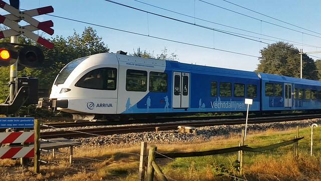 Photo of Rechtstreekse buspendel Ommen – Deltion moet Arriva trein en station ontlasten