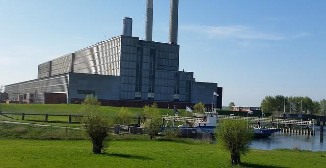 Photo of 'ENGIE sloopt om ruimte te scheppen voor nieuwe centrale'; Heemschut pleit voor hergebruik