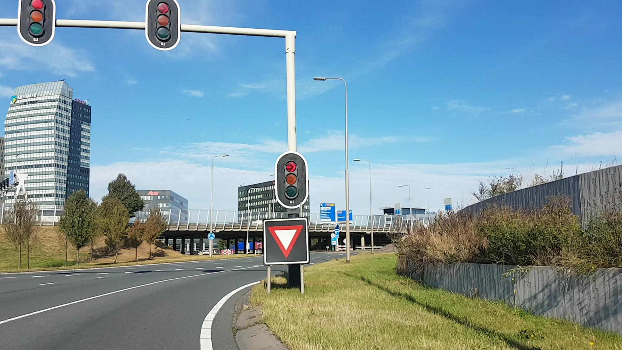 Photo of Afgesloten af- en toeritten en gesloten rijbanen A28 Zwolle