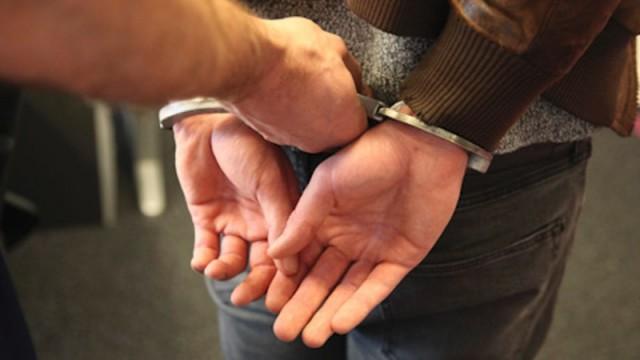 Photo of Politie pakt drugsoverlast aan: drie aanhoudingen