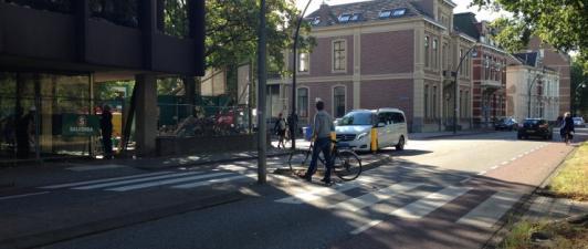 Photo of Aanleg kruising Burgemeester van Roijensingel – Zeven Alleetjes