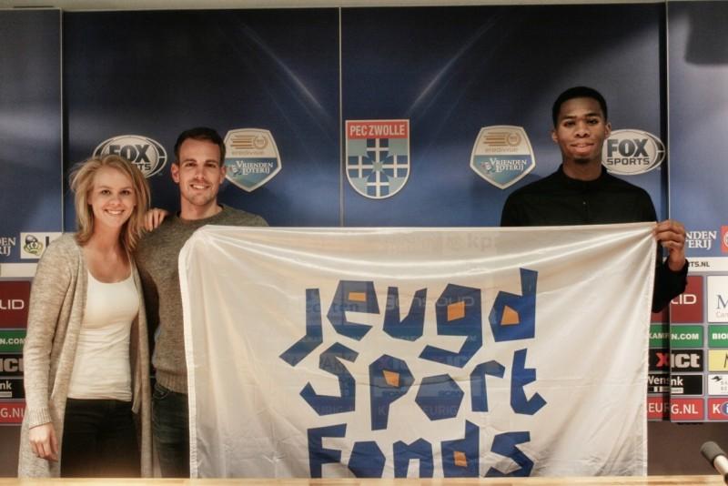 Photo of Nieuwe ambassadeurs Jeugdsportfonds Zwolle
