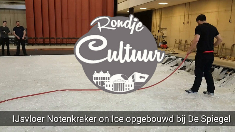 Photo of Notenkraker on Ice kerstballet – opbouw ijsvloer Theater de Spiegel Zwolle