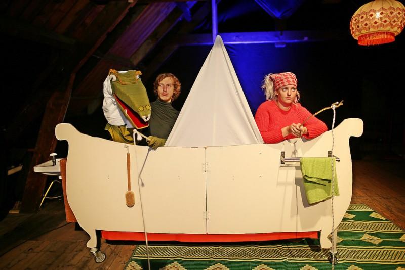 Photo of Theatergroep De Jonge Honden speelt familievoorstelling De Kleine Vrede