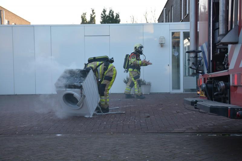 Photo of Wasmachine veroorzaakt brand in woning aan de Lisdodde