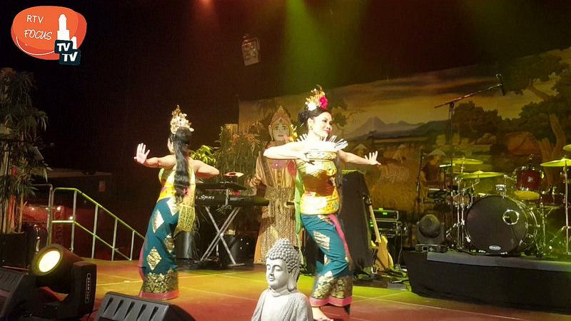 Photo of Video – Tropische sferen in de IJsselhallen tijdens Pasar Malam Bali