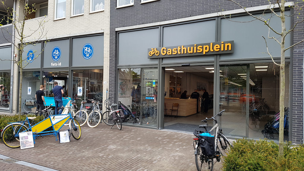 Photo of Unieke samenwerking tussen service-fietsenstalling Gasthuisplein en Fiets-id