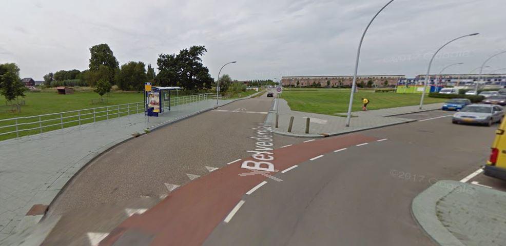 Photo of Veiliger fietsoversteken op hoek Belvédèrelaan-Duiker