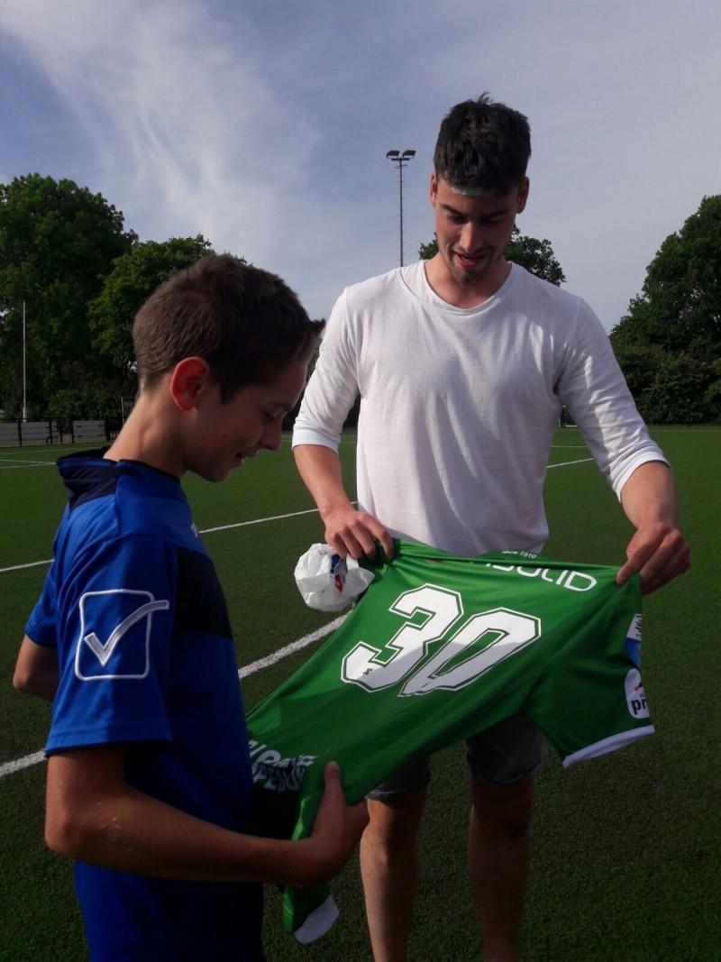 Photo of PEC Zwolle speler Ted van de Pavert nieuwe hoofdopleidingen WVF