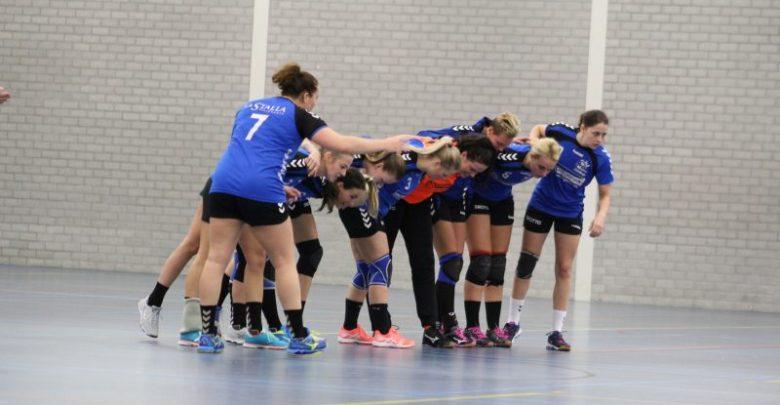 Photo of Handbalsters Travelbags/HV Zwolle winnen in Bathmen ondanks mindere spel