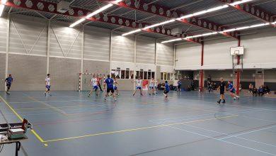 Photo of Travelbags/HV Zwolle handbalmannen verliezen nipt van topper Quintus