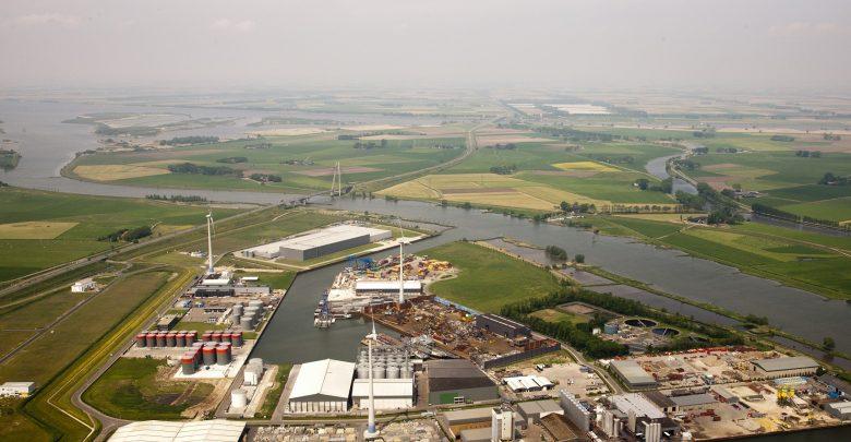 Photo of Zwolle en samenwerkende partners dragen ontwikkeling Zuiderzeehaven over aan Kampen