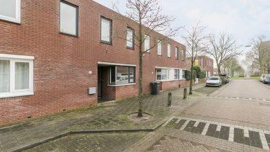 Photo of Te koop: Mooie ruime en zonnige eengezinswoning aan de Donizettistraat in Holtenbroek