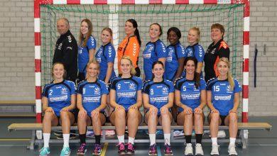 Photo of Handbalvrouwen Travelbags/HV Zwolle raken ook na kampioenschap strijdlust niet kwijt