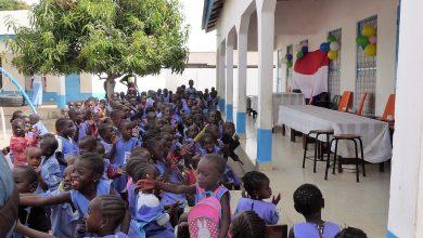 Photo of Meubels Florens Radewijnsschool naar Gambia