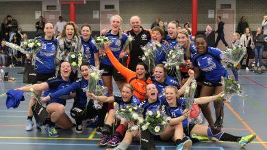 Photo of Travelbags/HV Zwolle handbaldames mogen zich kampioenen noemen