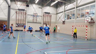 Photo of Ondanks nederlaag (30-18) eindigden handbalheren Travelbags/HV Zwolle toch op een knappe zevende plek