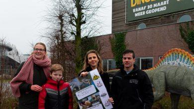 Photo of Beide vermiste dino's teruggekeerd op hun plek aan de Willemsvaart
