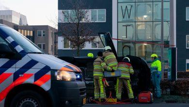 Photo of Auto belandt op zijkant op de Ceintuurbaan