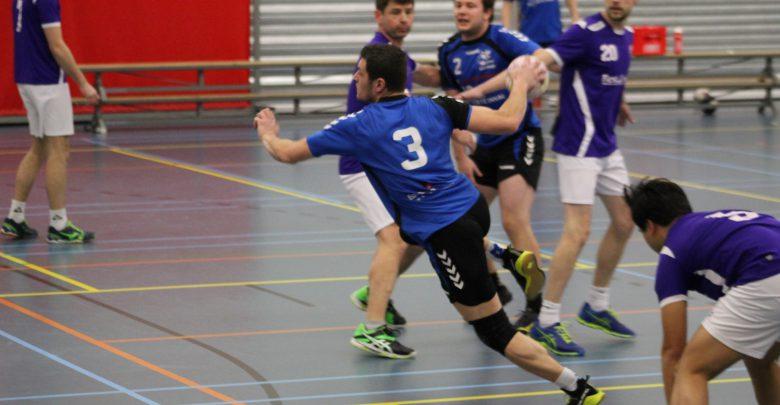Photo of Travelbags/HV Zwolle heren winnen in eigen huis